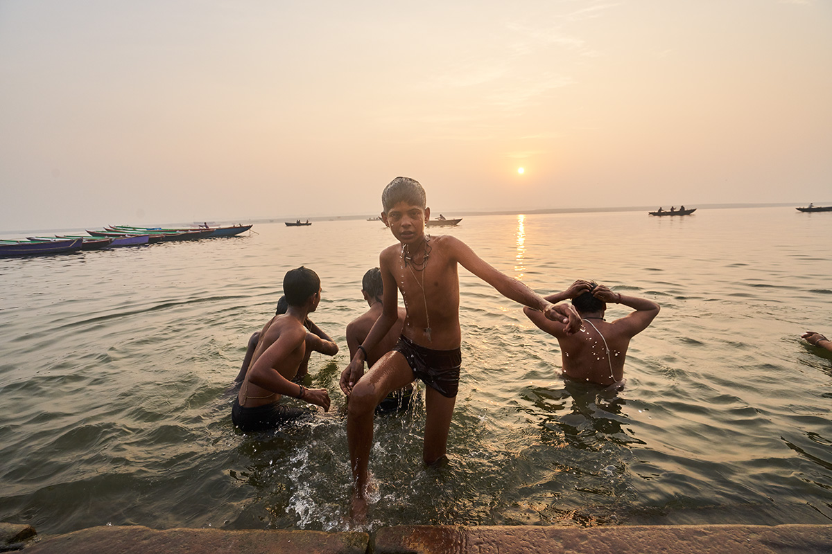 Kids bathing in the Ganges